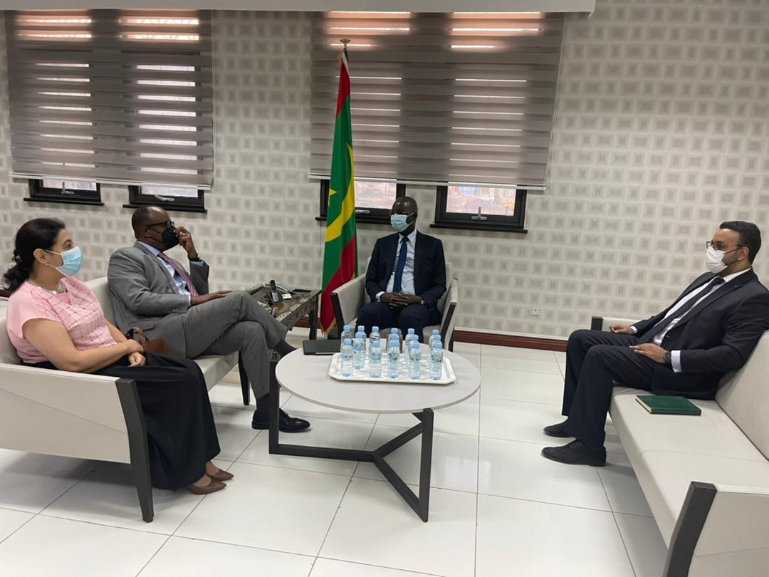 وزير الشؤون الاقتصادية وترقية القطاعات الإنتاجية عثمان مامودو كان خلال لقائه مع بعثة البنك الدولي