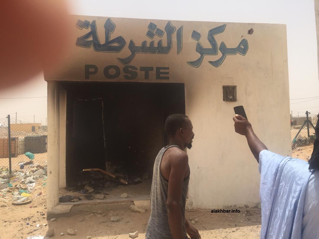 مركز الشرطة في المدينة إحراقه من طرف المتظاهرين اليوم