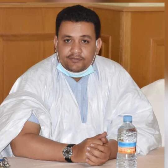 سيدي ولد إبراهيم ولد إبراهيم - خبير مالي ومحاسبي وناشط سياسي
