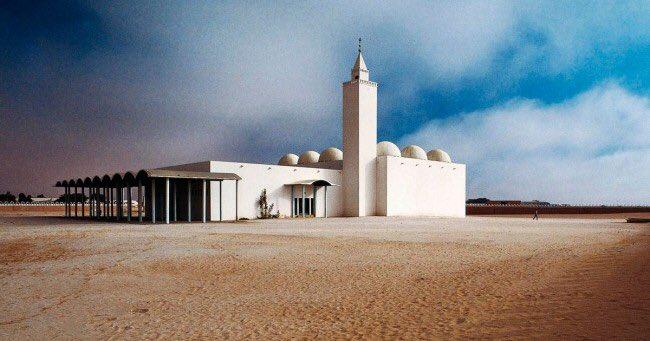 جامع ابن عباس حيث تقام صلاة العيد عادة