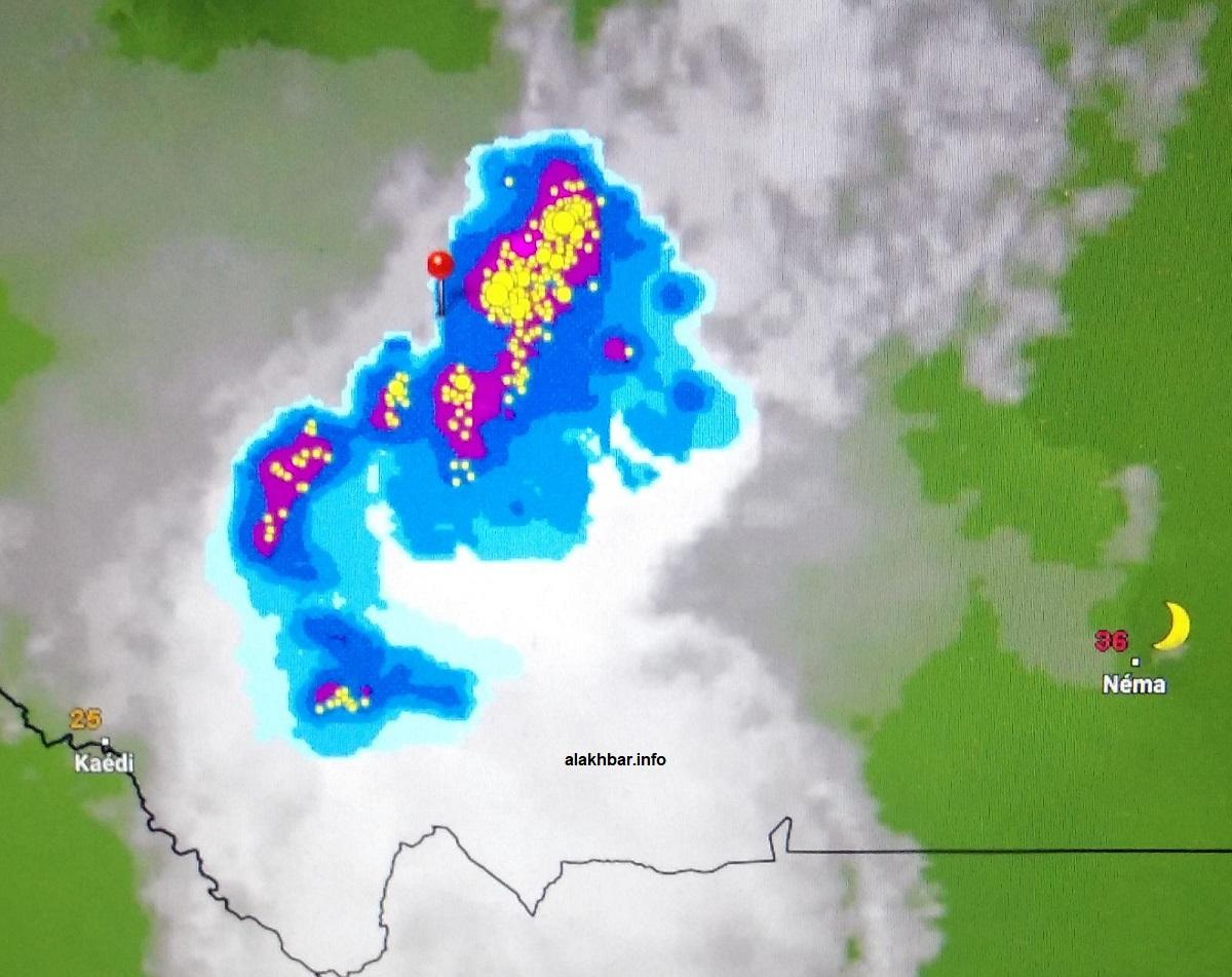 خارطة انتشار السحب الساعة التاسعة من مساء اليوم، الإشارة عند مدينة تجكجة