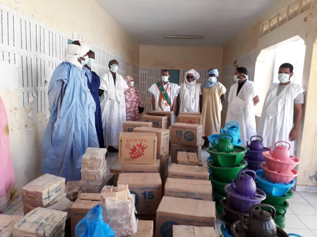 عمدة بلدية العيون عاصمة ولاية الحوض الغربي اجَّ ولد الدي خلال إطلاق المرحلة الثانية من حملة التحسيس