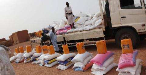 توزيع مواد غذائية على فقراء شرقي البلاد خلال عملية سابقة