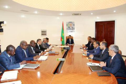اللجنة الوزارية خلال اجتماع سابق لها (وما)
