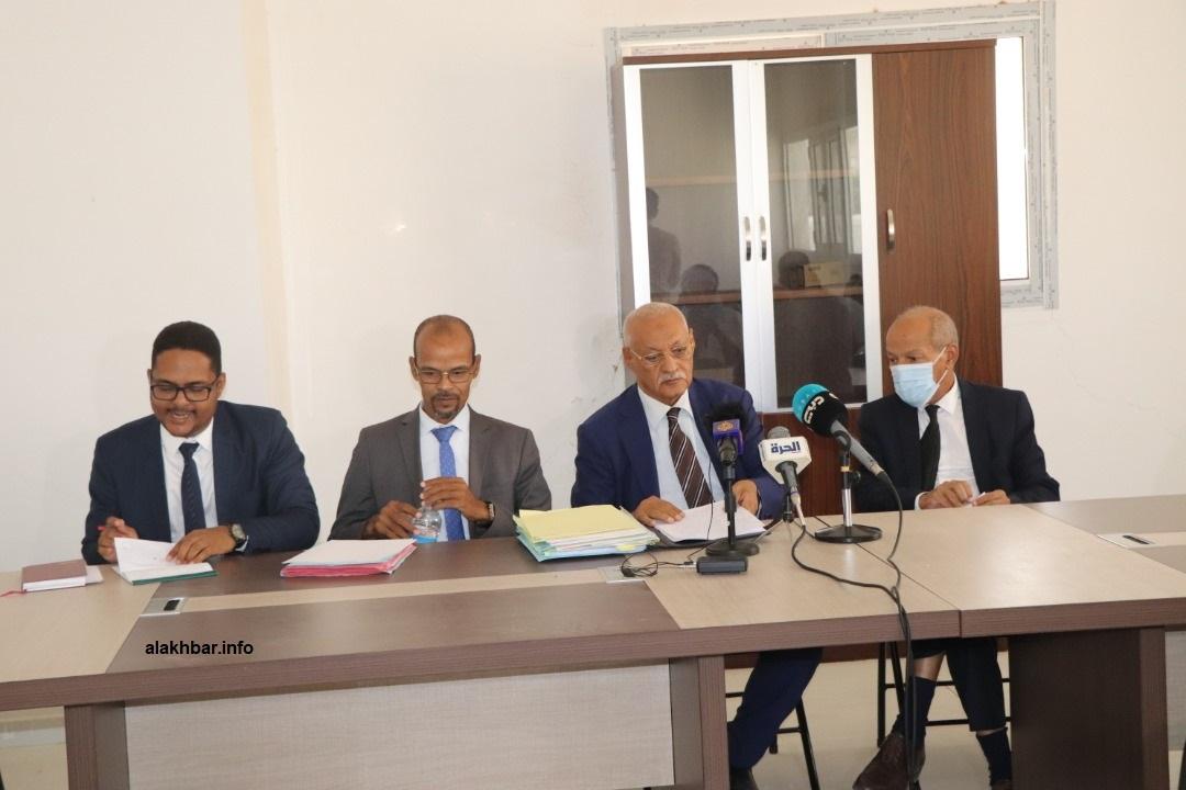 هيئة دفاع الرئيس السابق محمد ولد عبد العزيز خلال أحد مؤتمراتها الصحفية (الأخبار - أرشيف)