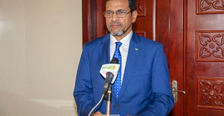 وزير الصحة الموريتاني محمد نذير ولد حامد