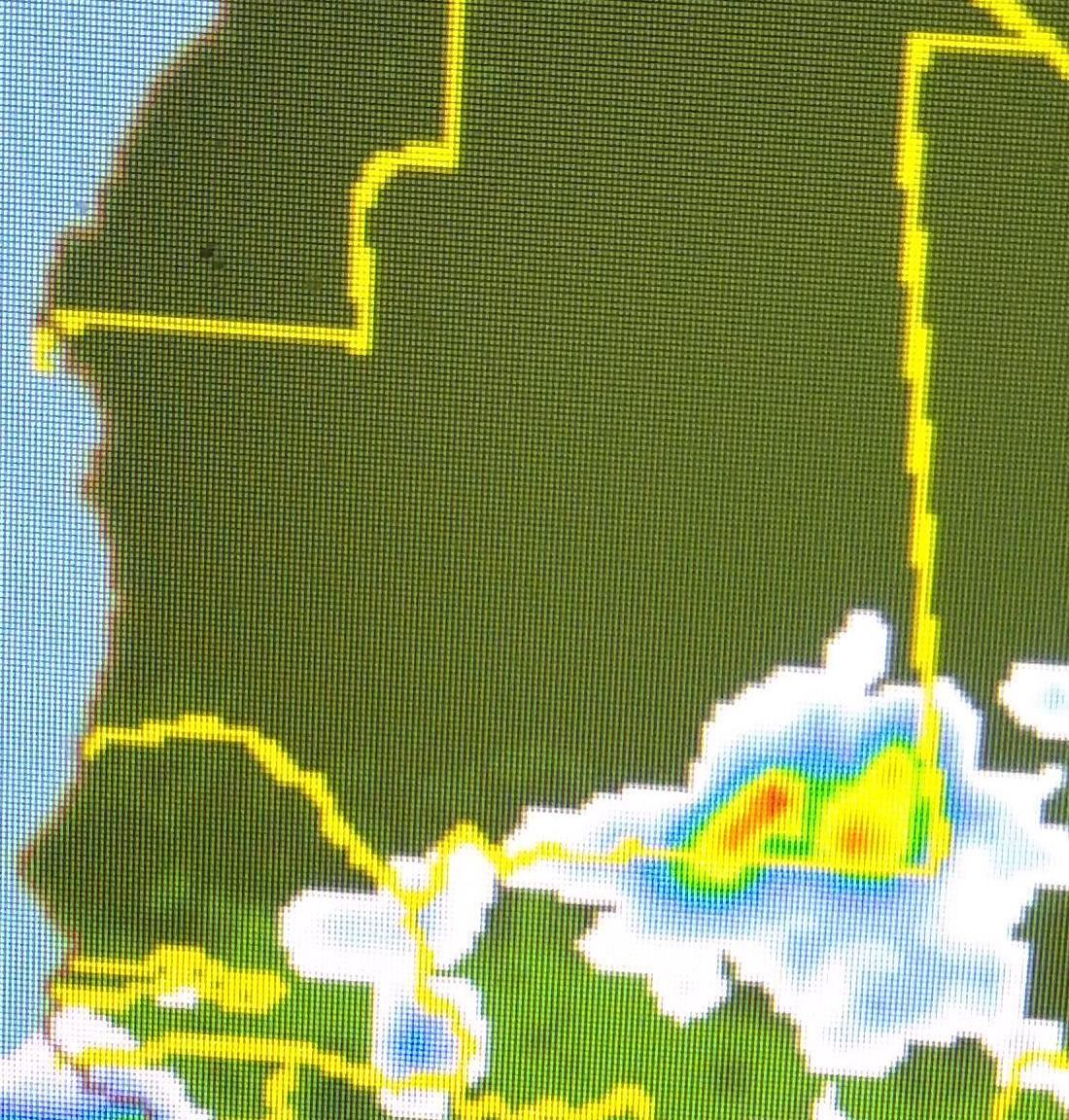 توقعات الأمطار مساء الأربعاء وفجر الخميس