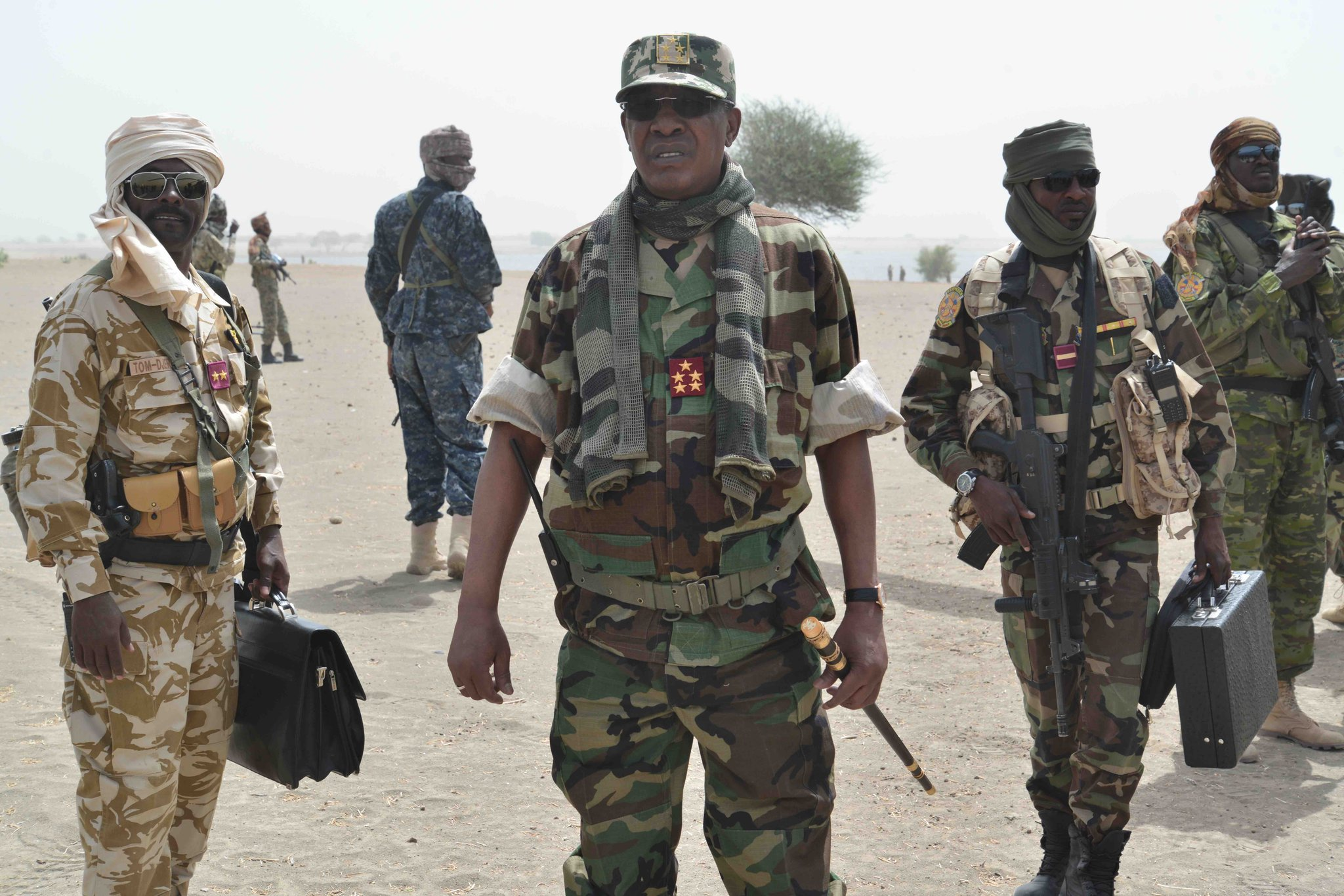 """الرئيس اتشادي إدريس ديبي لدى إطلاقه عملية """"غضب بوما"""""""