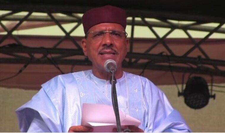 محمد بازوم مرشح الحزب الحاكم بالنيجر المعلن فائزا بالرئاسة