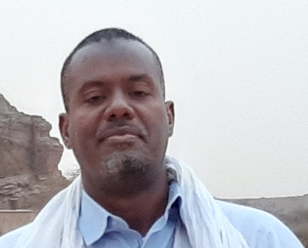د. أحمدَ ولد نافع/ باحث و أستاذ جامعي - مؤسس المرصد الإفريقي العربي لقضايا التنمية و الإرهاب