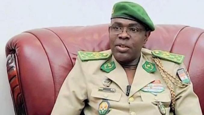 الجنرال النيجري المتقاعد سالو جيبو