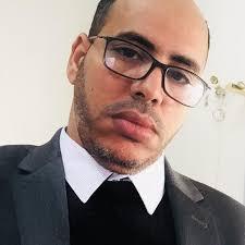 الشاعر مختار محمد مقام