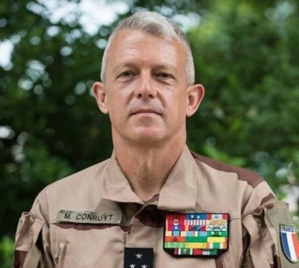 الجنرال مارك كونروي: قائد قوة بارخان الفرنسية