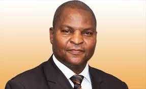 فوستين أرشانج تواديرا: رئيس جمهورية إفريقيا الوسطى