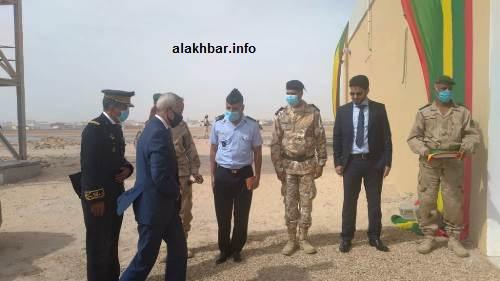لحظات قبيل تدشين المركز من قبل وزير الدفاع/ الأخبار