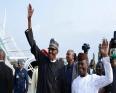 الرئيس النيجيري محمدو بخاري لدى عودته إلى البلاد.