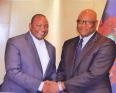 الشيخ عمر افاي: وزير الدفاع الغامبي الجديد مع رئيس البلاد آدما بارو