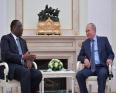 الرئيسان السنغالي ماكي صال والروسي فلاديمير بوتين.