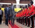 رئيس رواندا بول كاغامي ورئيس وسط إفريقيا فوستين أرشانج تواديرا