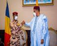 الرئيس الانتقالي اتشادي محمد إدريس ديبي والرئيس النيجري محمد بازوم