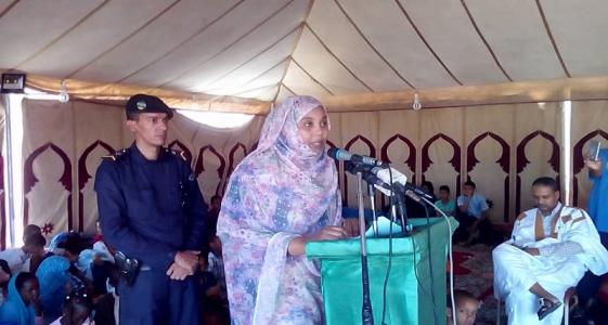 وزيرة الشؤون الاجتماعية المهندسة مريم بنت بلال خلال افتتاح النشاط