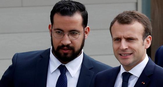 ألكسندر بينالا ظل يظهر كحارس شخصي للرئيس الفرنسي منذ ما قبل انتخابه ـ (وكالات)