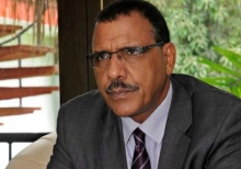 محمد بازوم وزير الداخلية النيجري.