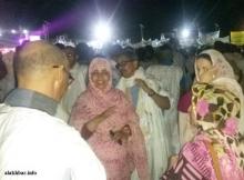 يظهر في الصورة كل من والي نواكشوط الغربية ورئيسة المجموعة الحضرية ـ (الأخبار)