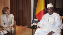 وزيرة الجيوش الفرنسية فلورنس باربي خلال مباحثاتها مع الرئيس المالي ابراهيم بوبكر كيتا.