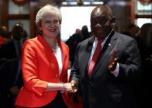 تيريزا ماي رئيسة وزراء بريطانيا وسيريل رامافوسا رئيس جنوب إفريقيا.