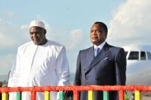 الرئيس الغامبي ٱدما بارو رفقة نظيره الكونغولي دنيس ساسو انغيس.