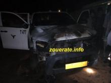 سيارة مدير الانتاج في الشركة بعد احتراقها أمام منزله (ازويرات انفو)