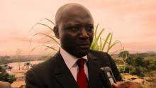 ابرينو بن موبامبا الوزير الغابوني المقال من الحكومة.