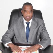 وزير الثقافة والصناعة التقليدية والعلاقات مع البرلمان سيدي محمد ولد الغابر (وما)