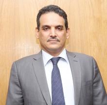 عبد العزيز الداهي محافظ البنك المركزي الموريتاني.
