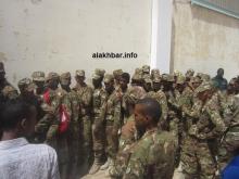 طوابير عناصر الجيش أمام مكتب اقتراع في انتخابات 2014 الرئاسية ـ (الأخبار)