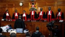 أعضاء المحكمة العليا بنيروبي خلال جلسة عقدت في 28 أغسطس 2017.