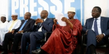 بعض المترشحين للرئاسة في مالي خلال مؤتمر صحفي مشترك بباماكو 01 أغسطس 2018.