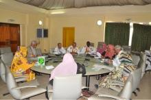 اللجنة البرلمانية خلال اجتماعها اليوم الاثنين (وما)