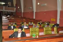 وزير التجهيز والنقل محمد عبد الله ولد أوداع ومعاونيه خلال مساءلته أمام النواب اليوم (وما)