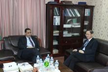 السفير الصيني خلال زيارته لوزارة الاقتصاد والمالية ـ (AMI)