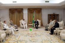 الرئيس الموريتاني خلال لقائه بقائد قوة برخان ـ (AMI)