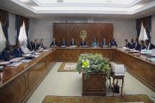 مجلس الوزراء خلال اجتماعه الأسبوع الماضي في القصر الرئاسي (وما)