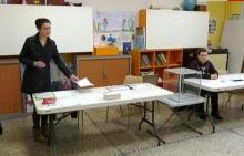 مكتب تصويت في فرنسا