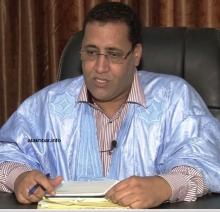 منسق حملة التعديلات الدستورية في نواكشوط وزير الاقتصاد والمالية المختار ولد اجاي خلال حديثه للأخبار