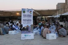 معتكفون مرابطون في المسجد الأقصى يفطرون على تبرعات الموريتانيين