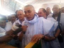 الوزير الأول يحي ولد حدمين خلال حديثه في أحد أنشطته الجماهيرية شرق البلاد الأسبوع الماضي