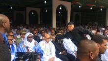 الرئيس محمد ولد الغزواني، والزعيم الرئيس للمعارضة إبراهيم البكاي مسعود على منصة افتتاح المهرجان (الأخبار)