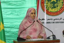 وزيرة الإسكان والعمران والاستصلاح الترابي خديجة بنت بوكه خلال المؤتمر الصحفي (الأخبار)