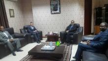 وزير الخارجية الموريتاني إسلك ولد إزيد بيه خلال استقباله للسفير الأمريكي في نواكشوط ميشيل دود مان (وما)